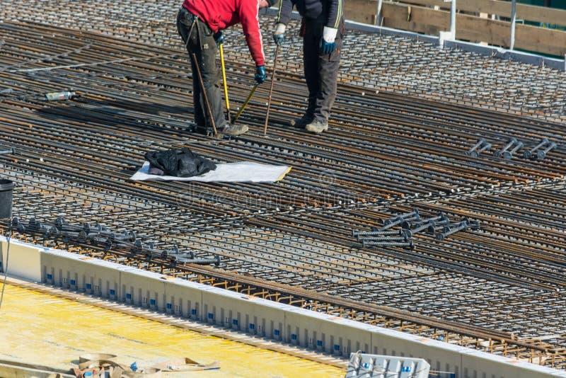 Construction d'un bâtiment résidentiel et commercial dans Velbert image libre de droits