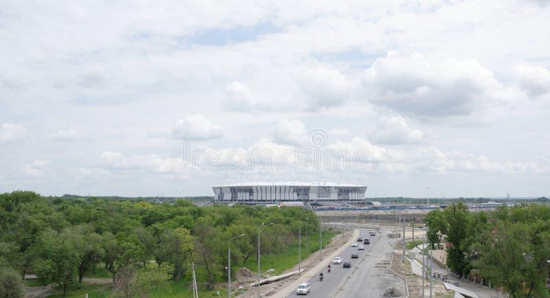 Construction d'un nouveau stade pour la coupe du monde de la FIFA 2018 Par p photos stock