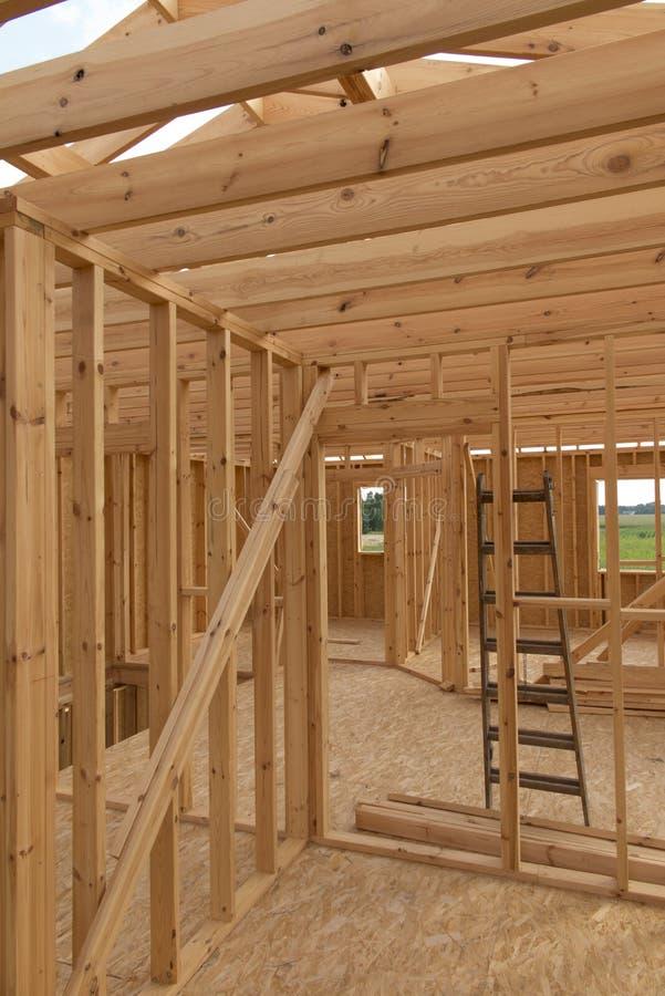 Construction d'une maison dans la technologie squelettique photos libres de droits
