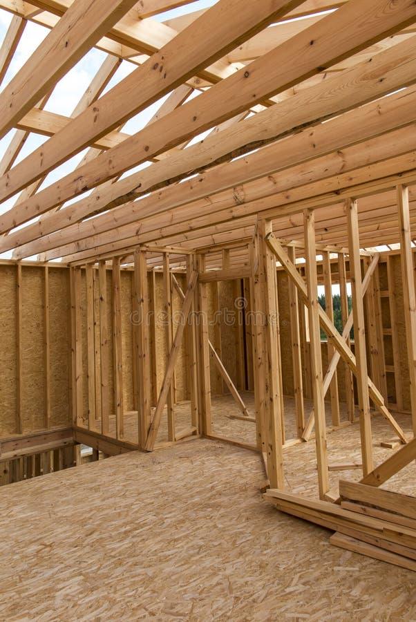 Construction d'une maison dans la technologie squelettique images libres de droits