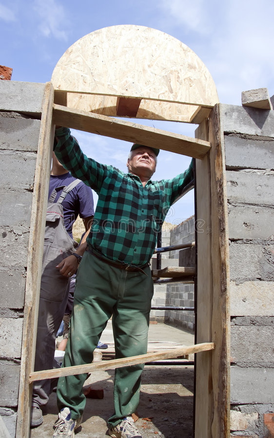 Construction d'une voûte de trappe photo libre de droits