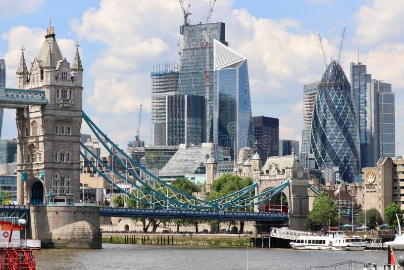 Construction dans la ville de Londres photographie stock libre de droits
