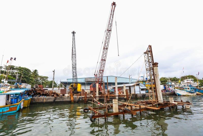 Construction dans le port de Galle, Sri Lanka images stock