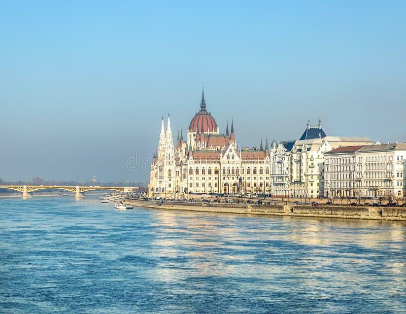 Construction du Parlement à Budapest photos stock