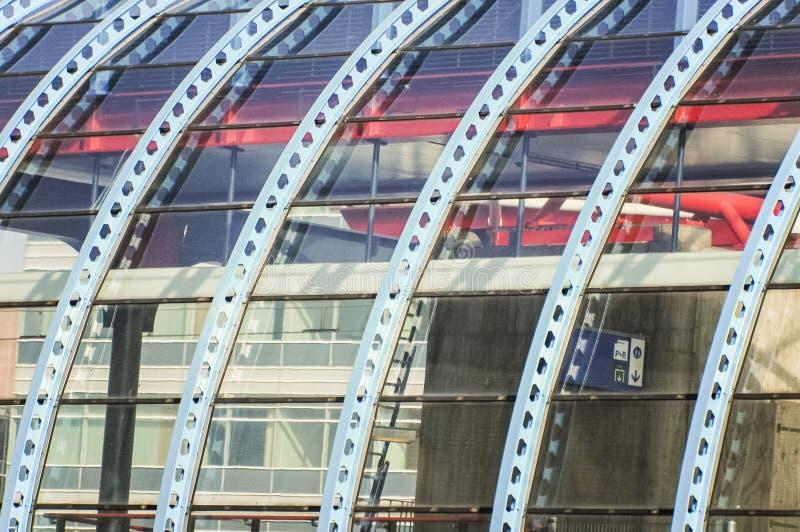 Construction en acier incurvée de toit image libre de droits