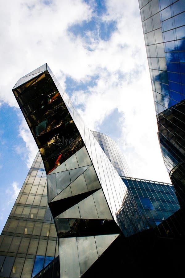 Construction en verre d'architecture moderne photos stock