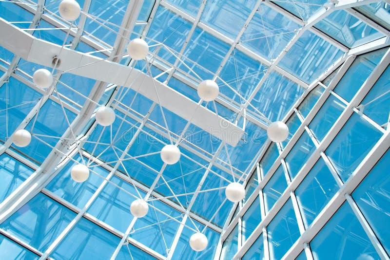 Construction en verre et en métal photographie stock libre de droits