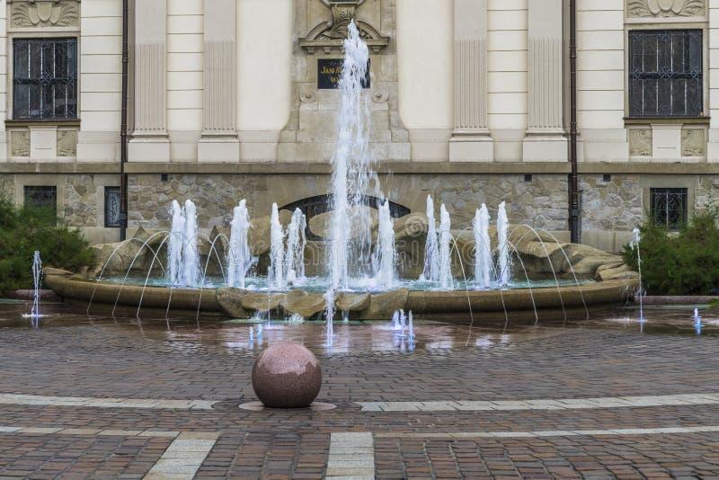 Construction et fontaine de galeries d'art photos libres de droits