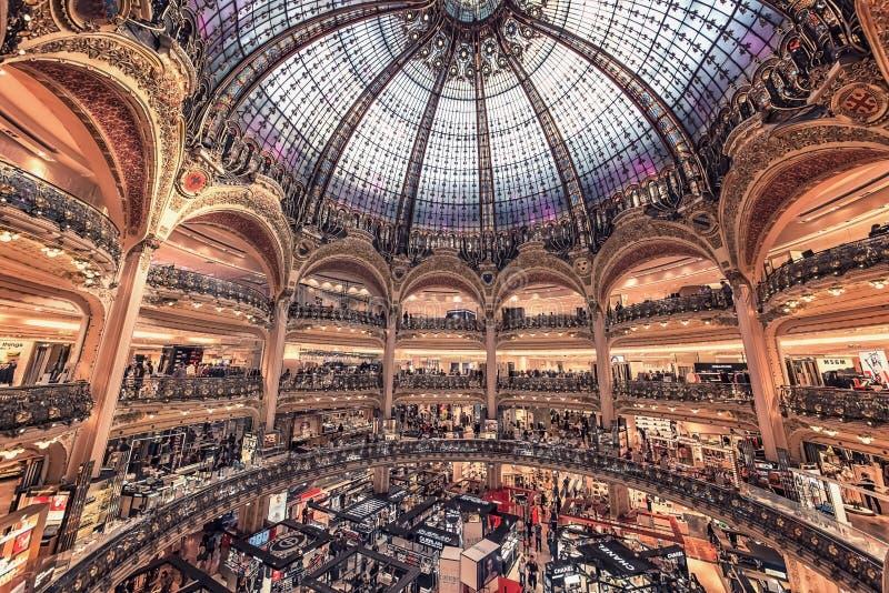 Construction historique à Paris photographie stock libre de droits