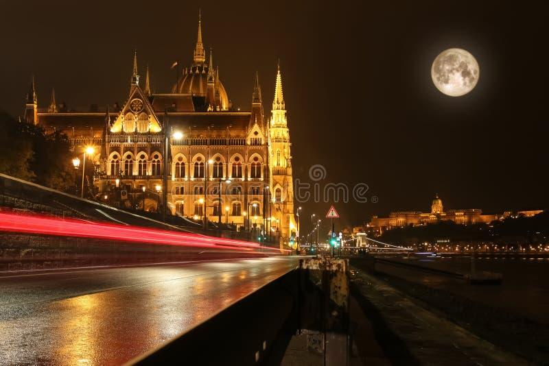 Construction hongroise du parlement à Budapest photographie stock libre de droits