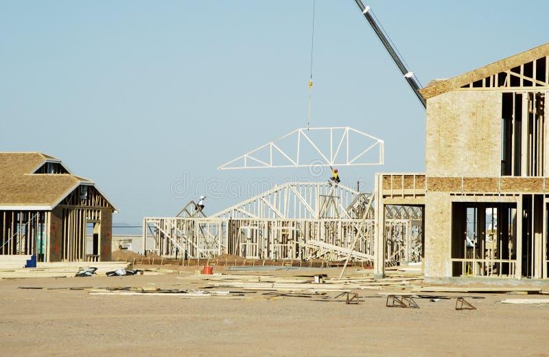 Download Construction résidentielle photo stock. Image du réel, toiture - 744900