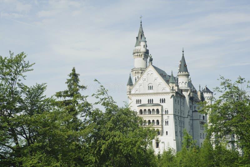 Construction rêveuse d'imagination dans le château de Neuschwanstein. photo stock