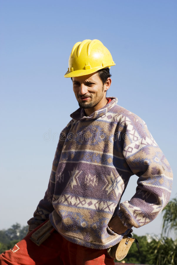 construction smiling stands vertical worker στοκ εικόνες