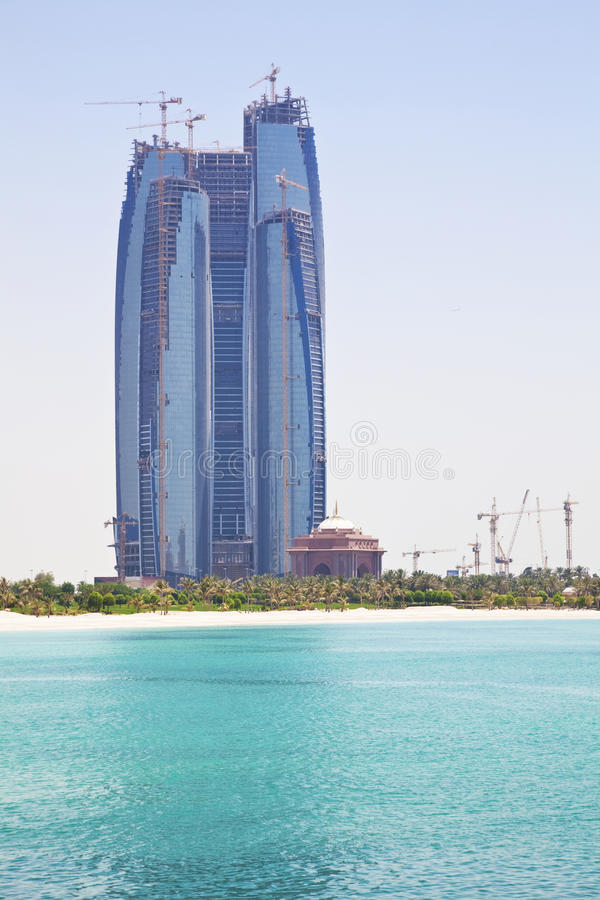 Constructions en construction, Abu Dhabi, EAU image stock