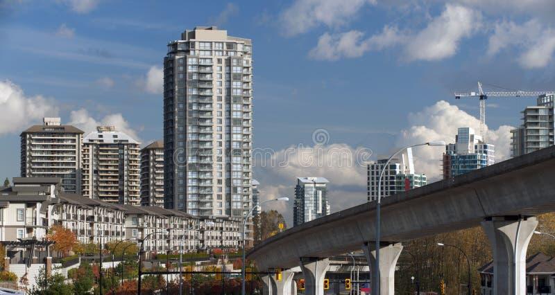 Constructions et maisons urbaines modernes au Canada image libre de droits
