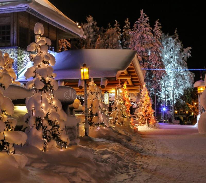 Constructions et neige images libres de droits