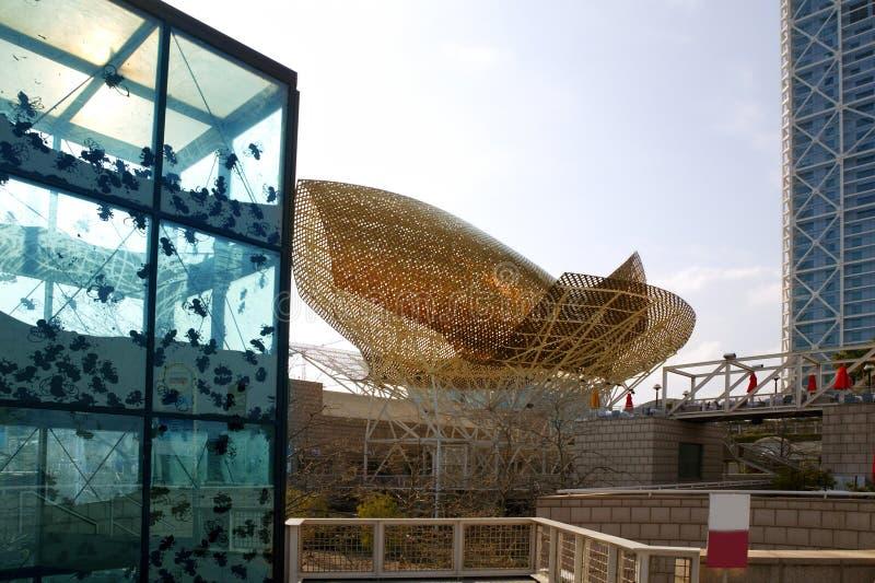 Constructions et sculptures de villa de Barcelone Olimpic photos stock
