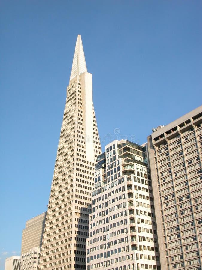 Constructions : gratte-ciel