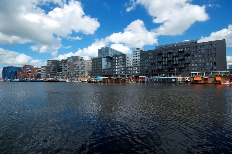 Constructions modernes à Amsterdam images libres de droits