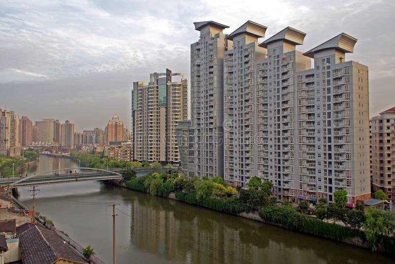 Constructions modernes de Changhaï images libres de droits