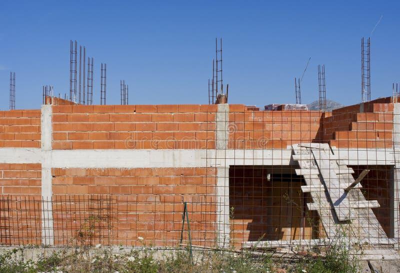Download Construindo uma casa nova imagem de stock. Imagem de dalmatia - 16853047