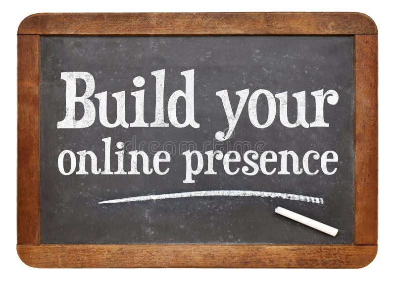 Construya su presencia en línea imágenes de archivo libres de regalías