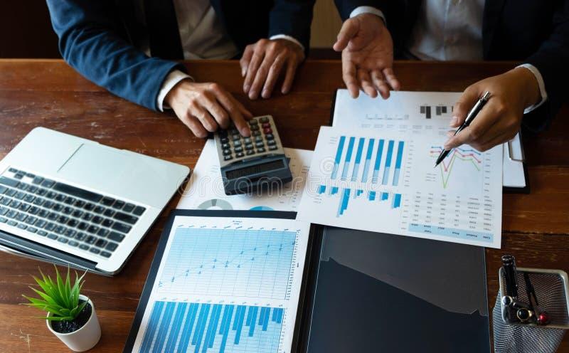 Consultant en matière de comptabilité, planification de planification de Financial Consultant Financial de conseiller commercial photos libres de droits