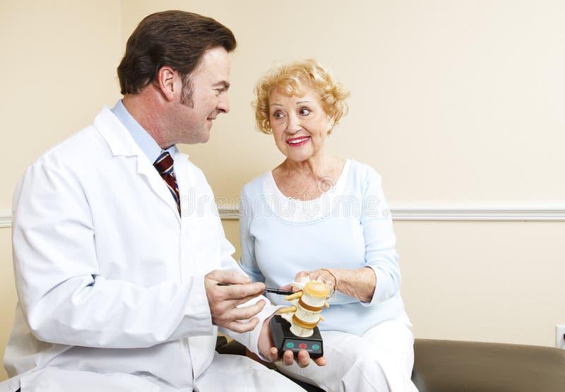 Consultation de chiropraxie photos libres de droits