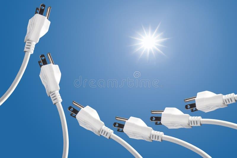 Consumición de la corriente de energía solar y eléctrica concentrada imagen de archivo