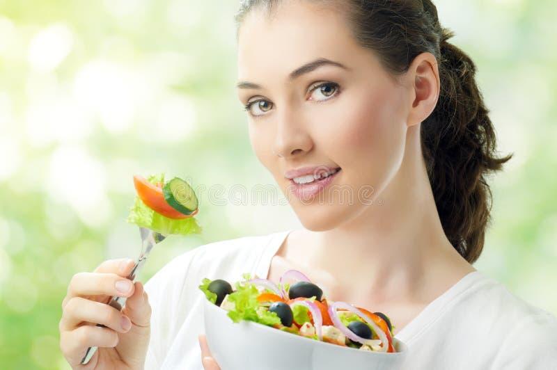 Consumición del alimento sano imágenes de archivo libres de regalías