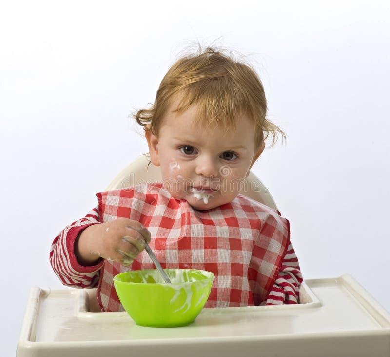 Download Consumición del niño joven foto de archivo. Imagen de salud - 7279788