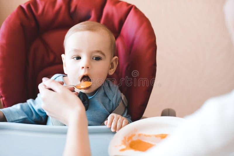 Consumici?n del beb? fotografía de archivo libre de regalías