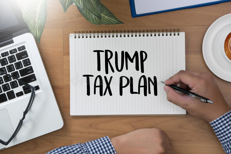 Contabilidade financeira T do dinheiro do plano de imposto do trunfo do original do tempo dos impostos fotografia de stock royalty free
