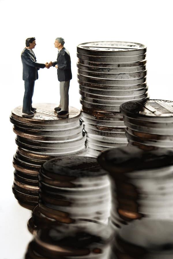 Contact d'opérations bancaires photographie stock libre de droits