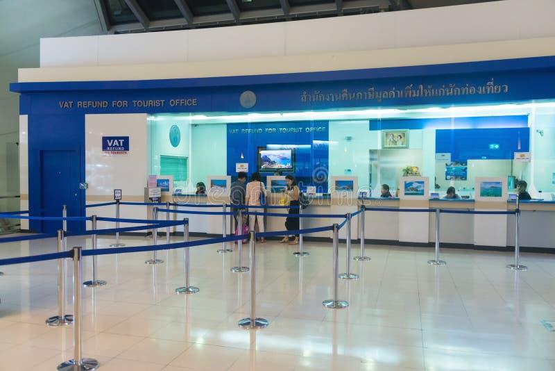 Contador del reembolso del IVA en el aeropuerto fotografía de archivo