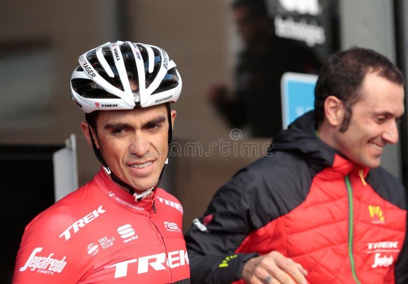 Contador e Ivan Basso na equipe do passeio na montanha imagens de stock