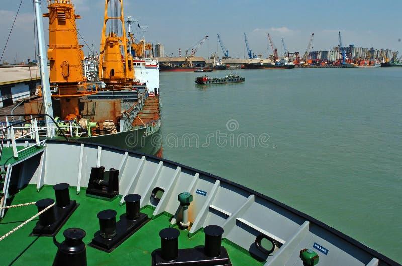 Containerbahnhof Jamrud Surabaya stockfotos