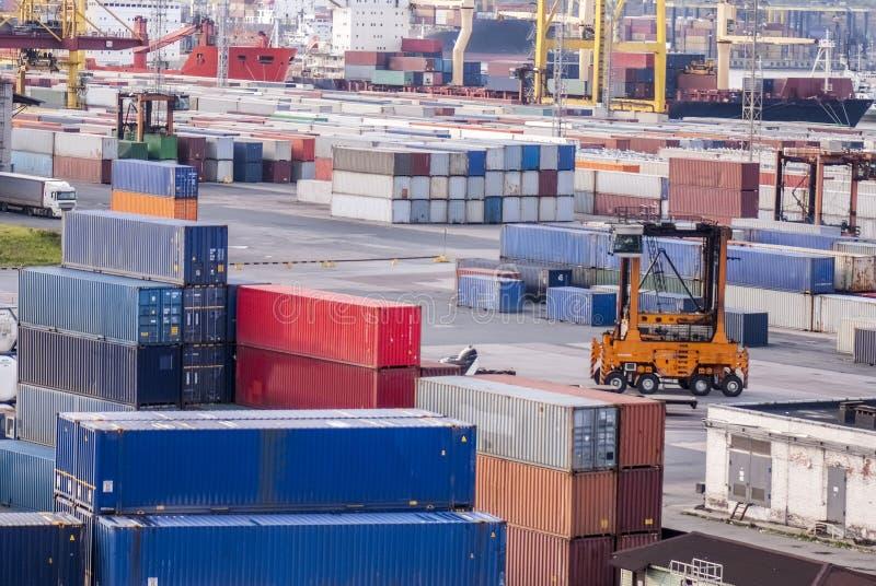 Containers, lading, het verschepen, vorkheftruck royalty-vrije stock afbeelding