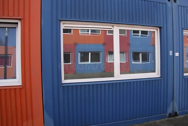 Containers voor huisvesting stock afbeelding