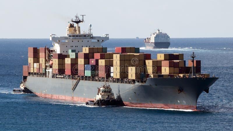 Containerschiffe lizenzfreies stockfoto