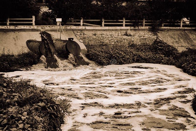 Contaminación de agua en China imagenes de archivo