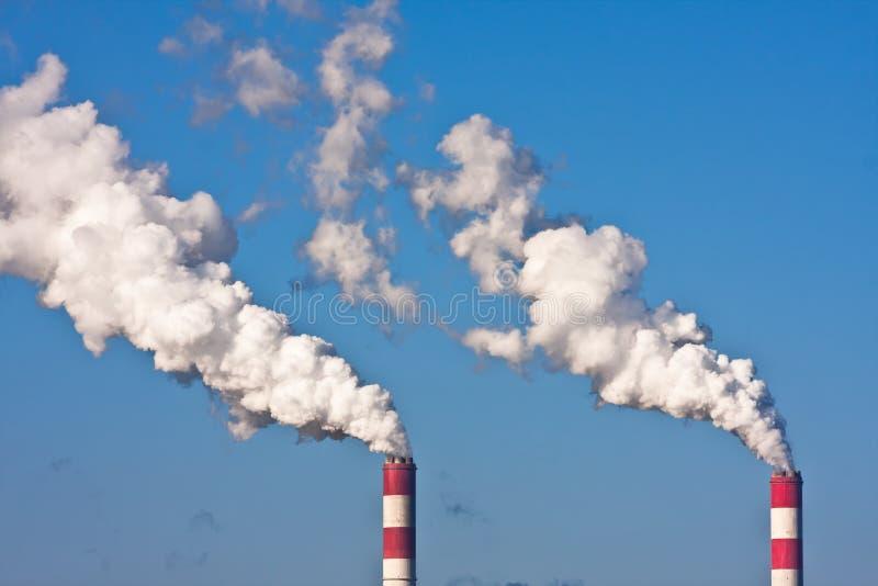 Contaminación industrial del humo fotos de archivo