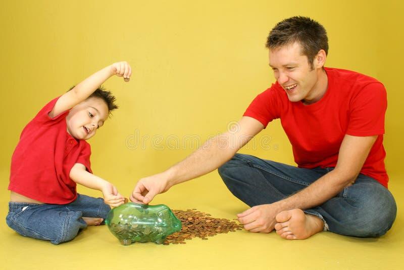 Contando moedas de um centavo fotos de stock royalty free