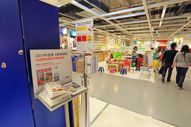 Contant geldpunt in supermarktopslag royalty-vrije stock afbeeldingen