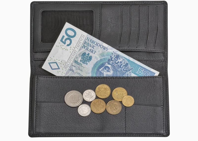 Contas e moedas polonesas do zloty na carteira isolada no branco imagens de stock royalty free