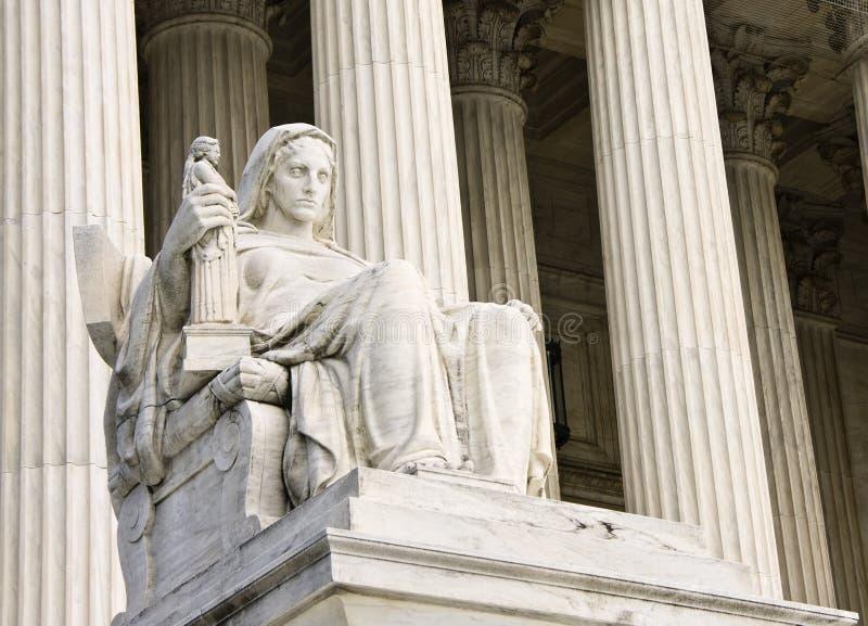 Contemplación de la justicia imagen de archivo