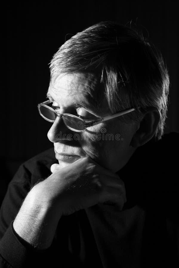 Contemplazione dell'uomo fotografia stock libera da diritti