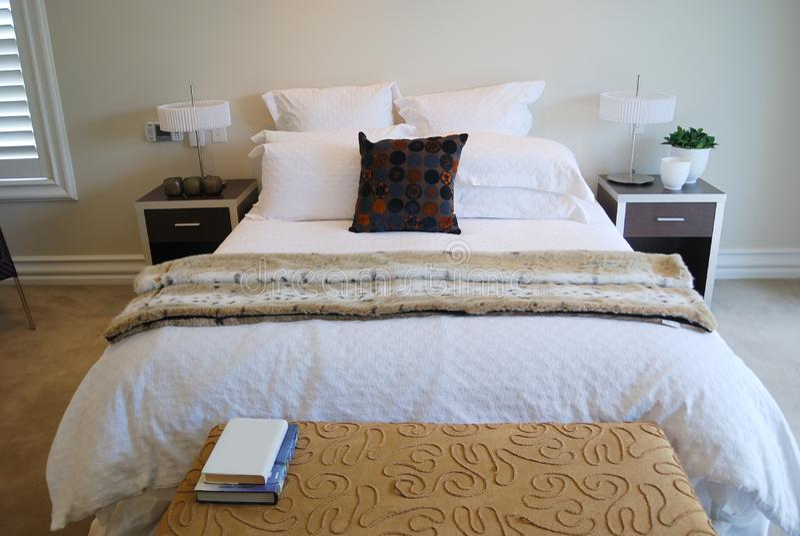 Contemporary bedroom royalty free stock photo