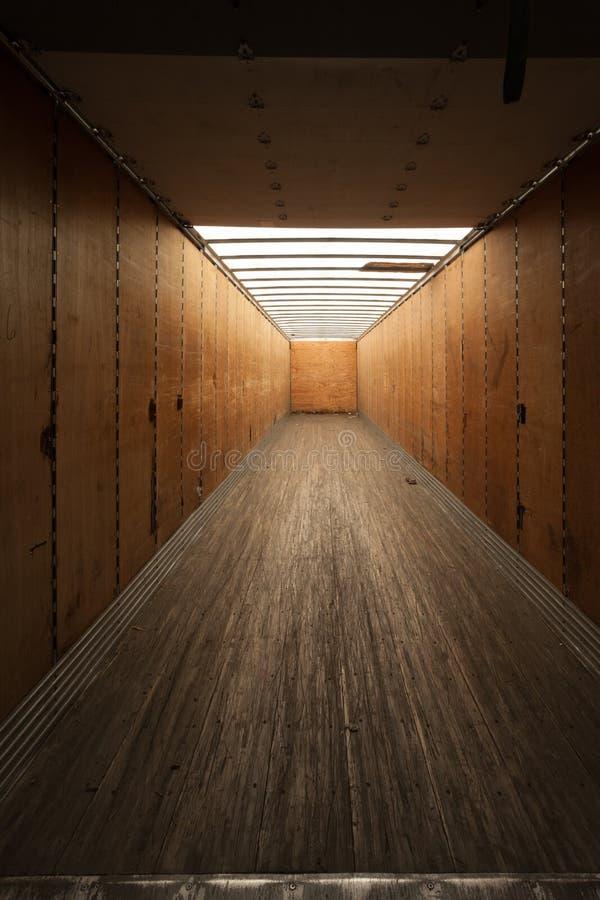 Contenedor para mercancías interior imagen de archivo