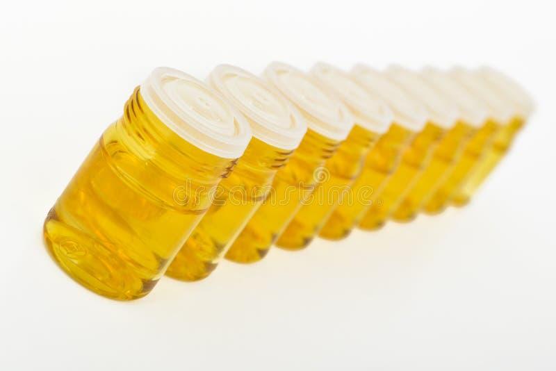 Conteneurs en verre cosmétiques photographie stock libre de droits